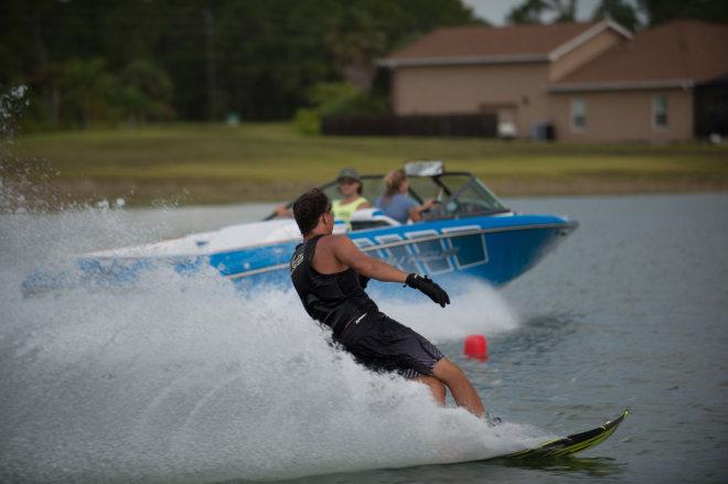 Kurs holowania narciarza wodnego
